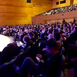 Auditorio AXA durante el SMMDay (foto de la cuenta oficial de Twitter del evento)