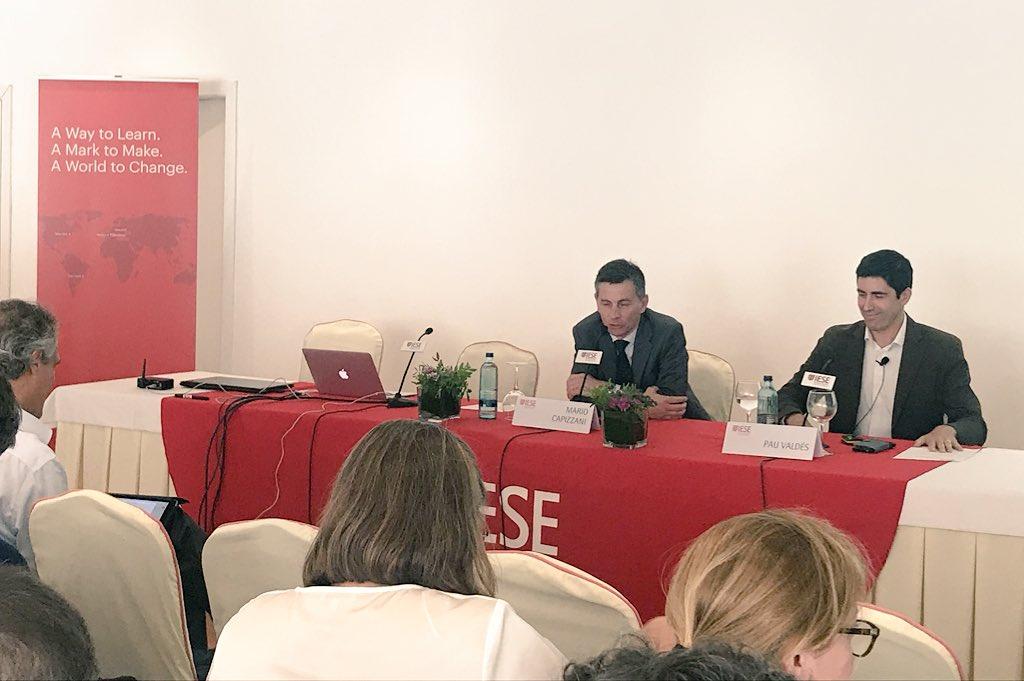 Pau Valdés participa en el encuentro de Alumni del IESE en Baleares